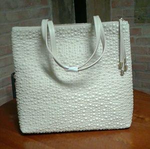 Handbags - FREE GIFT🎊 Big Budda Extra Large Tan Pebbles Tote